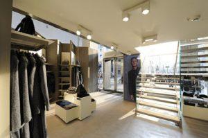 kinh doanh cửa hàng thời trang thông minh 2