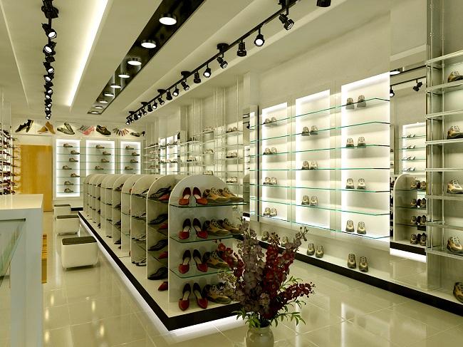 thu lãi khủng từ kinh doanh giày